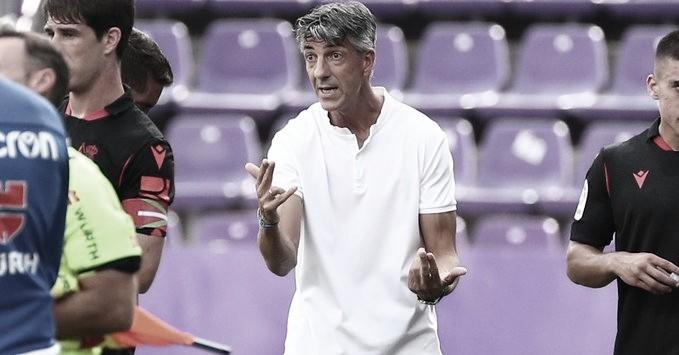 """Técnico da Real Sociedad, Imanol Alguacil analisa empate contra Valladolid: """"Campo difícil"""""""