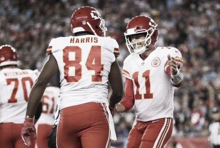 Atuação ofensiva espetacular garante vitória dos Chiefs sobre Patriots na abertura da NFL