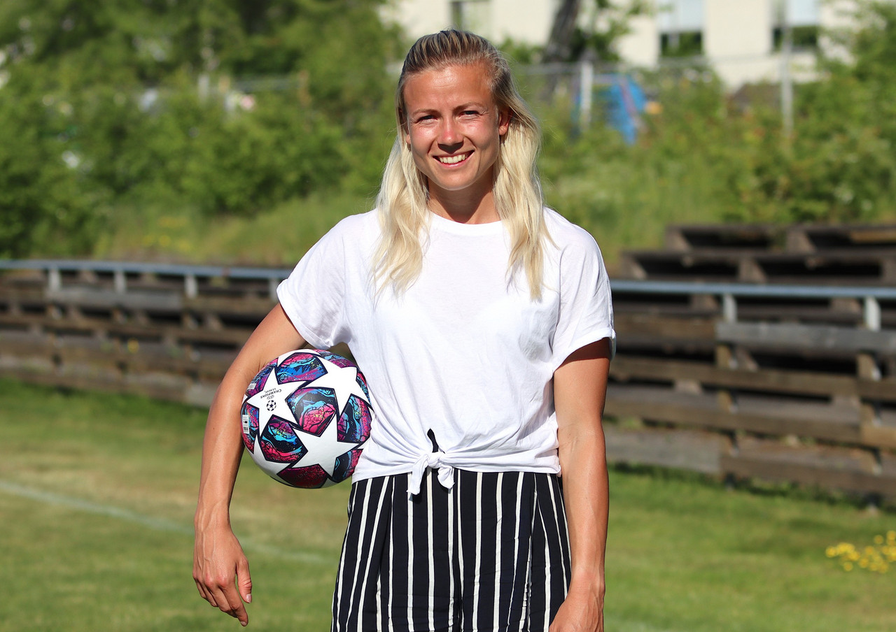 'I was a late bloomer' - new FC Bayern München signing Hanna Glas talks about her career and what she wants for the future