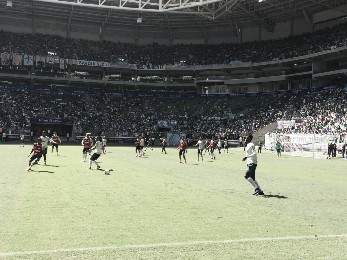 Com apoio da torcida, Palmeiras encerra preparação para a final do Paulistão