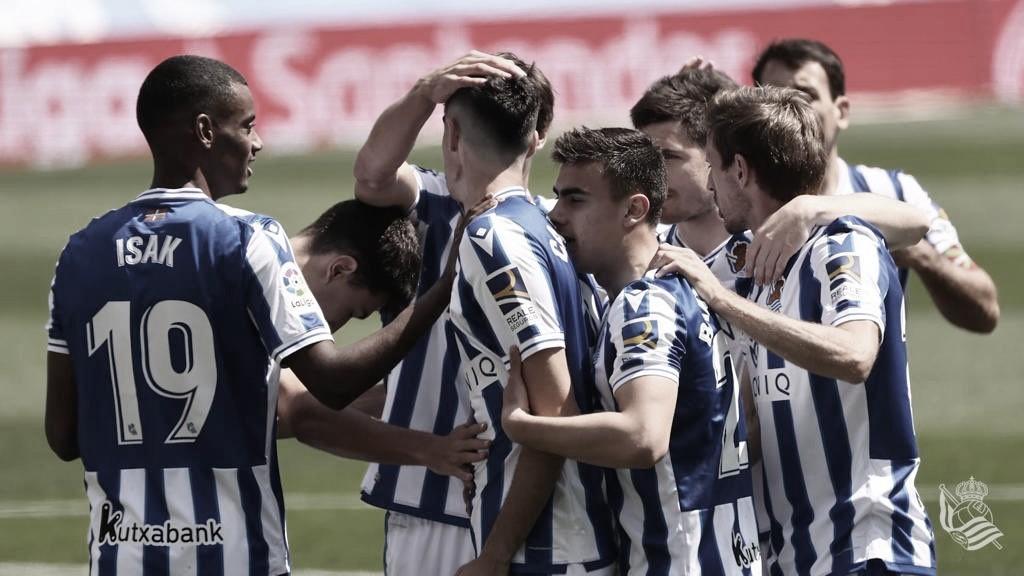 Primer gol del ariete Carlos Fernández en liga