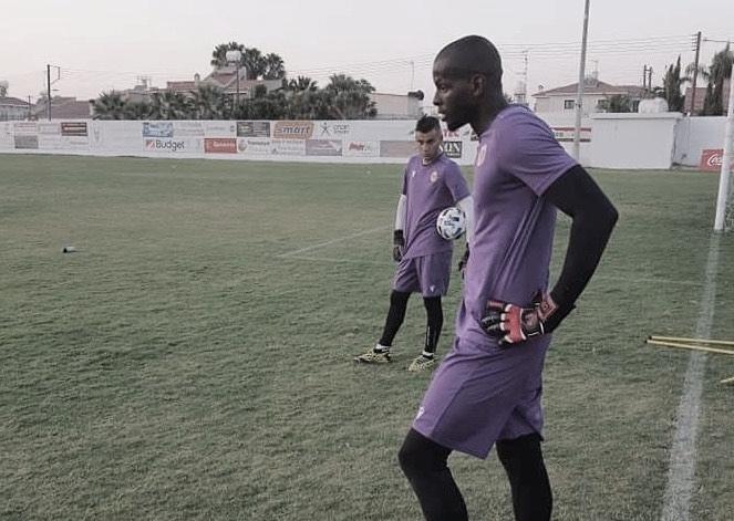 Após estreia no Ermis FC, goleiro Caíque projeta sequência da temporada no Chipre