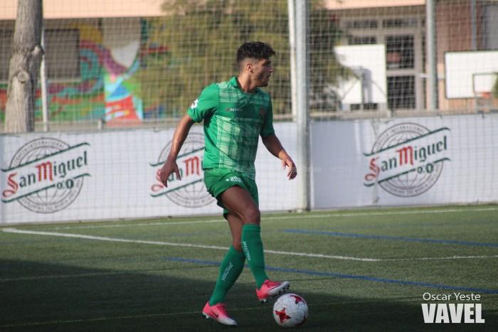 Adrià Montoro, traspasado al Sporting B