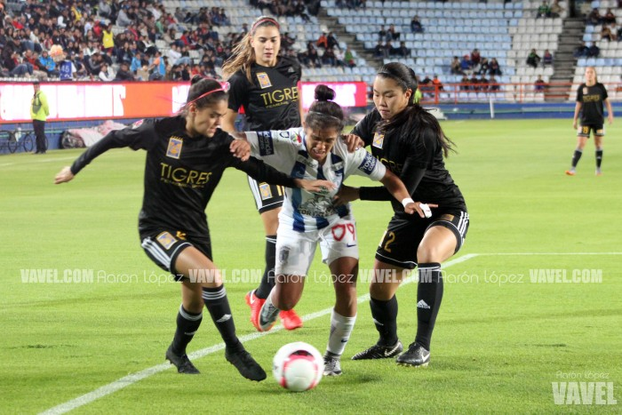 Fotos e imágenes del Pachuca vs Tigres Liga Mx  Femenil