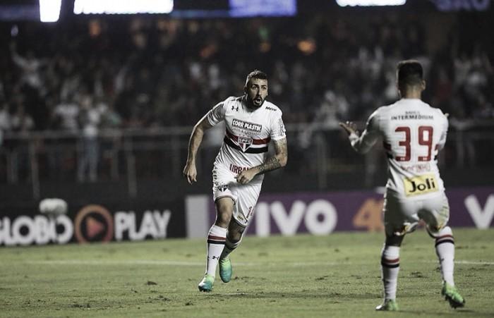 São Paulo aceita proposta e atacante Lucas Pratto é negociado junto ao River Plate