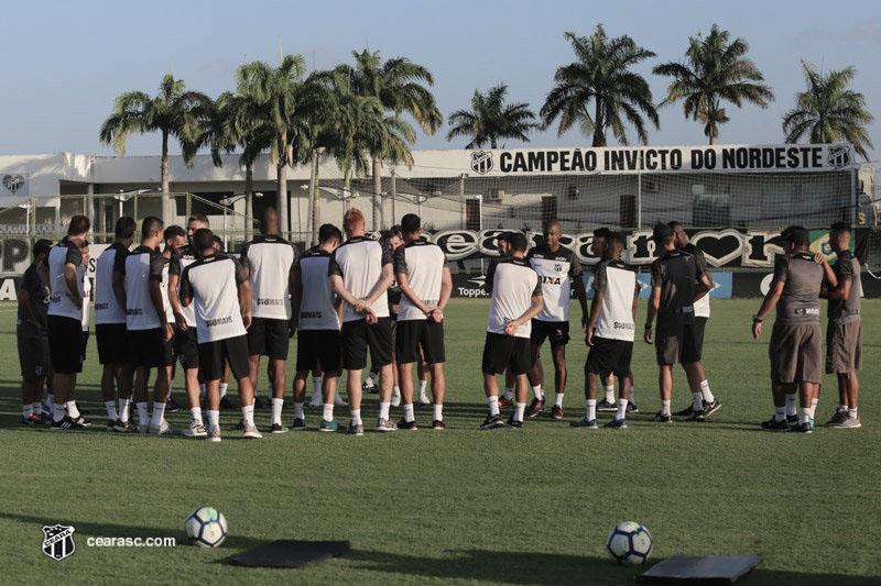 Ceará recebe o Santa Cruz mirando a melhor campanha da Copa do Nordeste