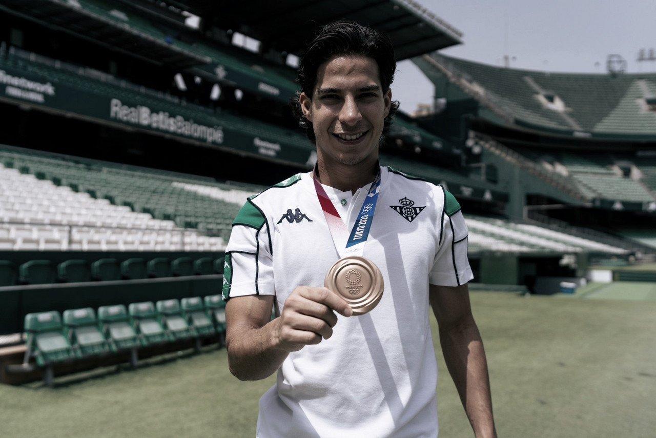 Diego Lainez, emocionado por la nueva temporada