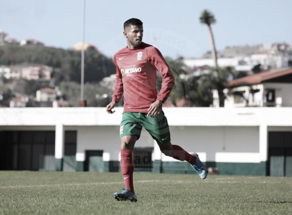 Lateral-direito Bebeto enfatiza empenho no Marítimo para equipe voltar a vencer