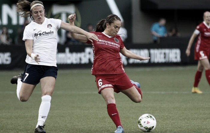 Portland Thorns re-sign Emily Menges and Mana Shim
