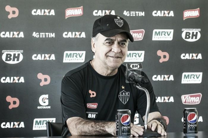 Secador desligado: Marcelo Oliveira diz que não está torcendo contra Flamengo e Palmeiras