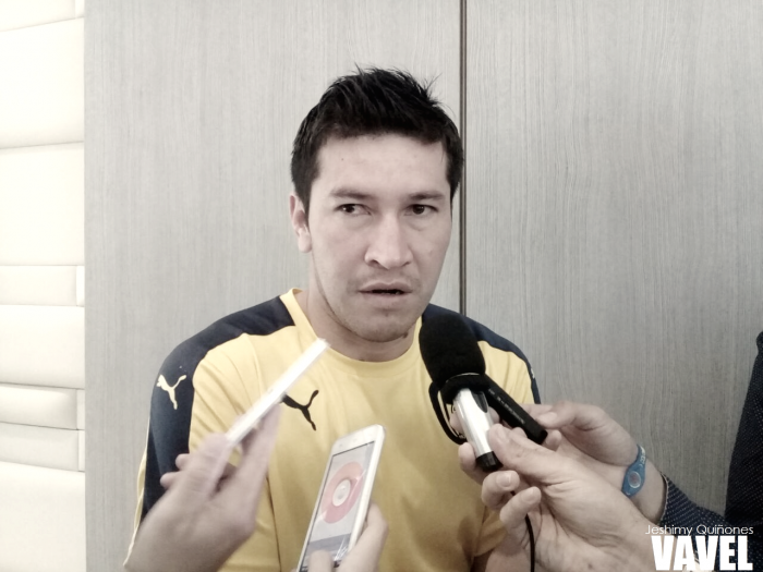 """Víctor Centurión: """"Con el plantel que tenemos, sé que podemos hacer un gran partido el martes"""""""