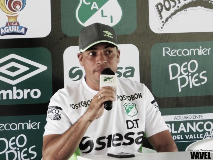 Cárdenas dio su convocatoria para el estreno en la liga