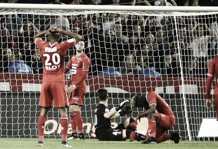Com gol contra, Caen derrota Rennes fora de casa e sobe na tabela de classificação da Ligue 1