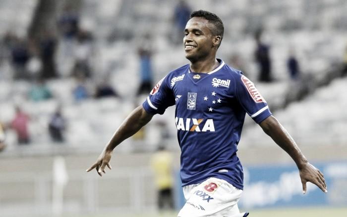 Bahia sai na frente em negociação com Cruzeiro e se aproxima de acerto com Élber