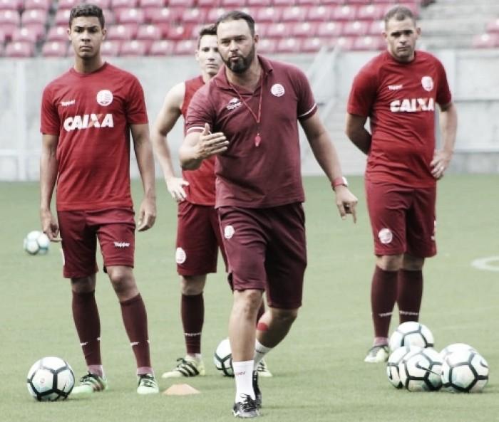 Náutico treina na Arena de Pernambuco visando decisão contra Itabaiana