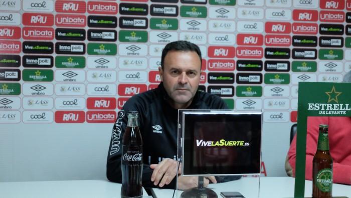 """José María Salmerón: """"Hemos dominado durante todo el partido"""""""