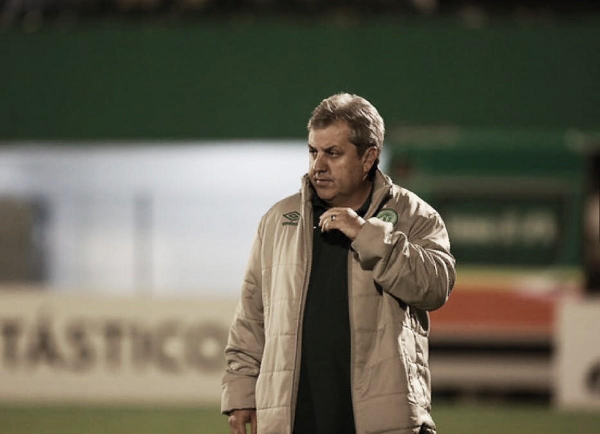 Kleina vê empate injusto da Chapecoense e critica decisões da arbitragem