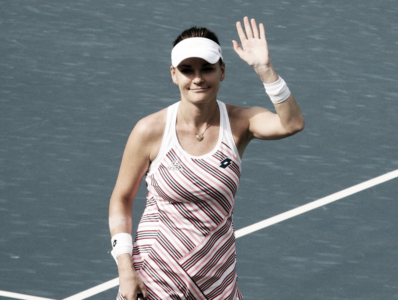 Adeus, ninja: Radwanska anuncia aposentadoria por conta de problemas físicos