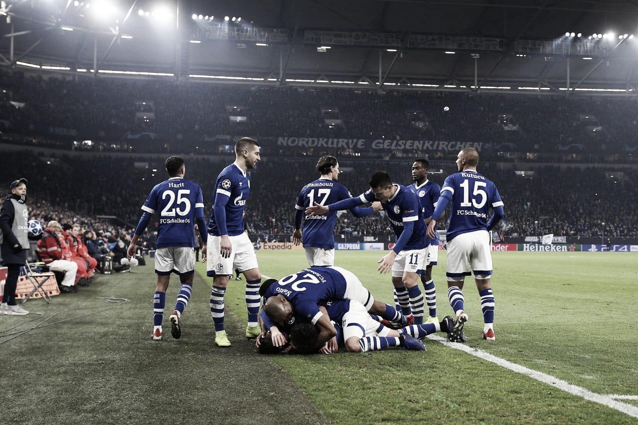 Já classificado, Schalke marca na reta final e bate Lokomotiv pelo placar mínimo