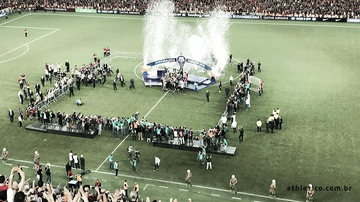 Nos pênaltis, Athletico Paranaense bate Junior Barranquilla e vence a Copa Sul-Americana