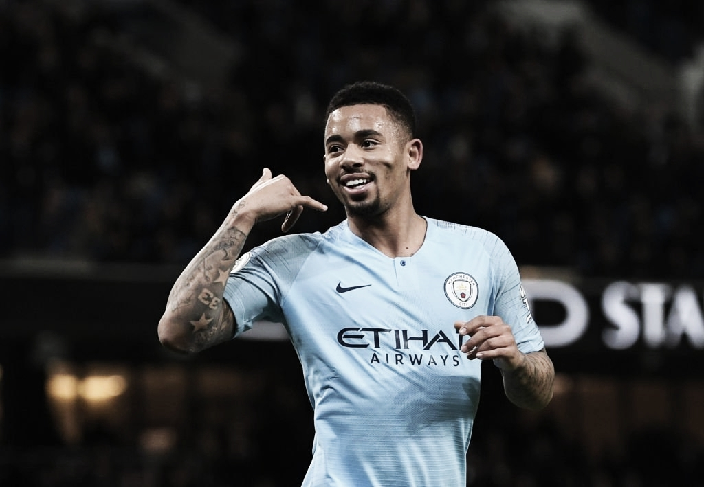 Com dois de Jesus, City vence Wolves e continua na cola do Liverpool