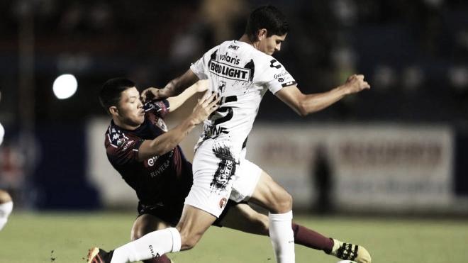 Con un hombre menos, Tijuana saca los tres puntos de Cancún