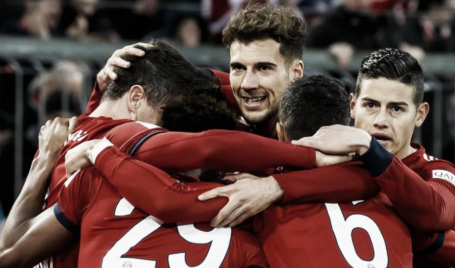 Com hat-trick de James, Bayern atropela Mainz e volta ao topo da Bundesliga