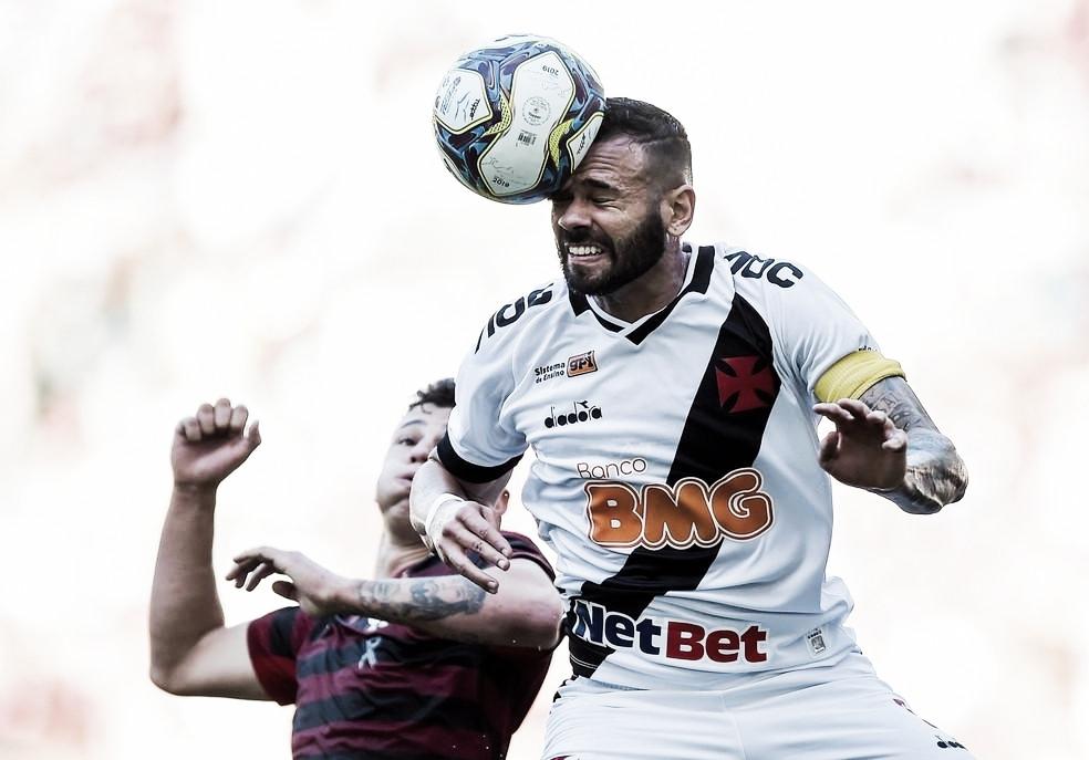 """Castán admite erros do Vasco no primeiro jogo da decisão, mas ressalta: """"Tem mais 90 minutos"""""""