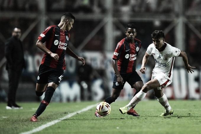 San Lorenzo y Huracán empataron en un nuevo clásico