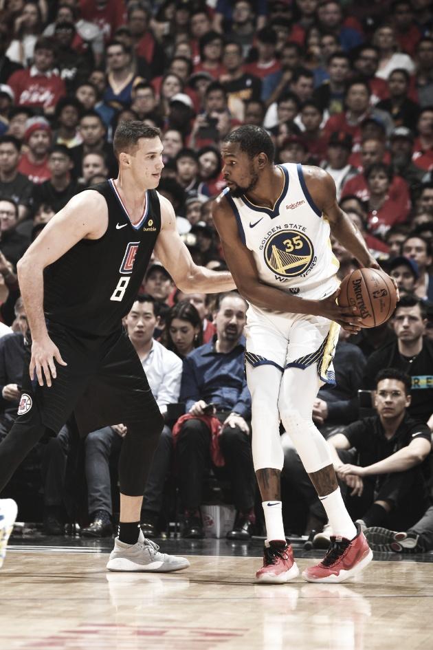 PlayOffs NBA: Warriors aplastó a Clippers y recuperó la localía