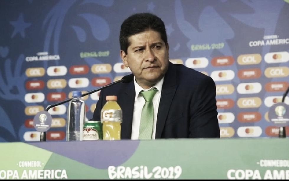 Villegas elogia atuação da Bolívia e lamenta pênalti: ''Minha equipe desmoronou''