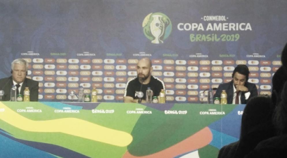 """Mesmo após derrota para Colômbia, Félix Sánchez exalta: """"Nosso time competiu bem"""""""