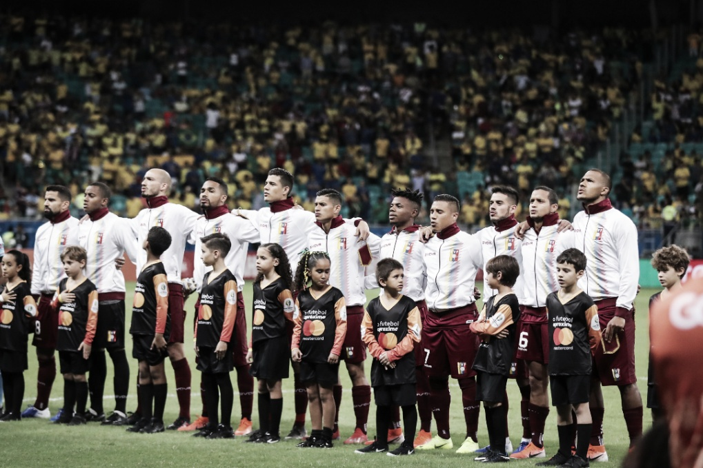 Bolívia e Venezuela decidem futuro na Copa América no Mineirão