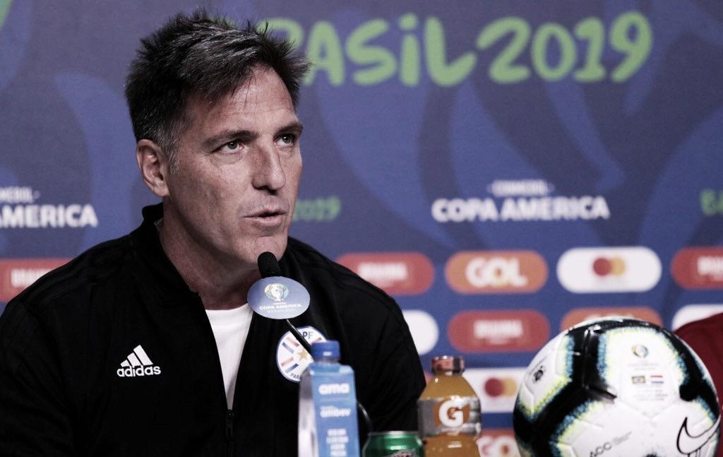 """Antes de encarar o Brasil, Berizzo ignora números paraguaios: """"Não garantem nada"""""""