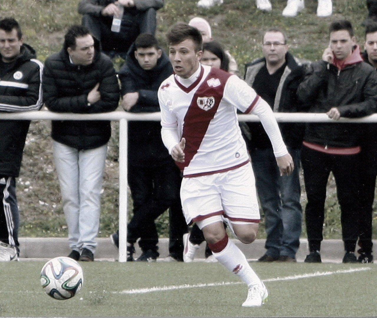 El CD Toledo refuerza su lateral izquierdo con Álex Alonso