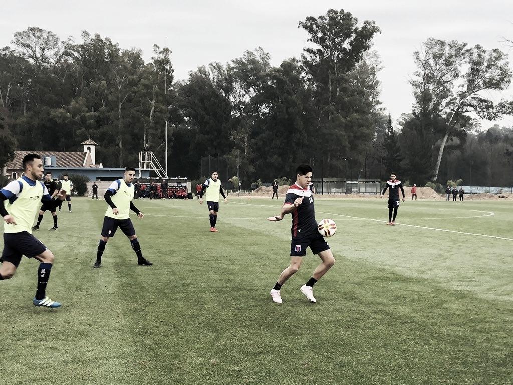 Fútbol contra el Gallo