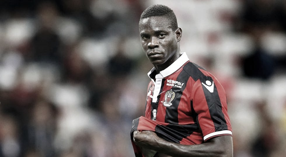 Brescia nega acerto com Mario Balotelli; Flamengo segue em negociação