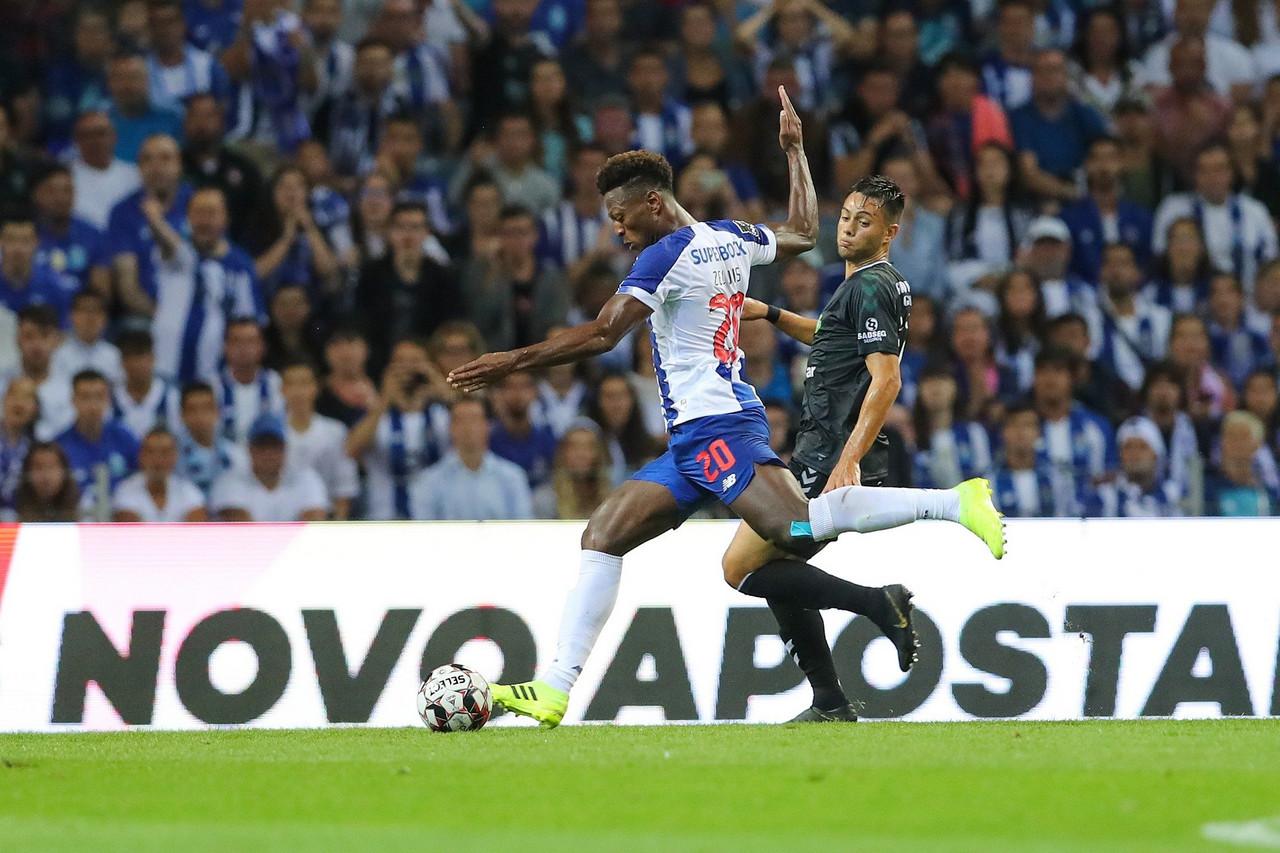 FC Porto vence pela primeira vez