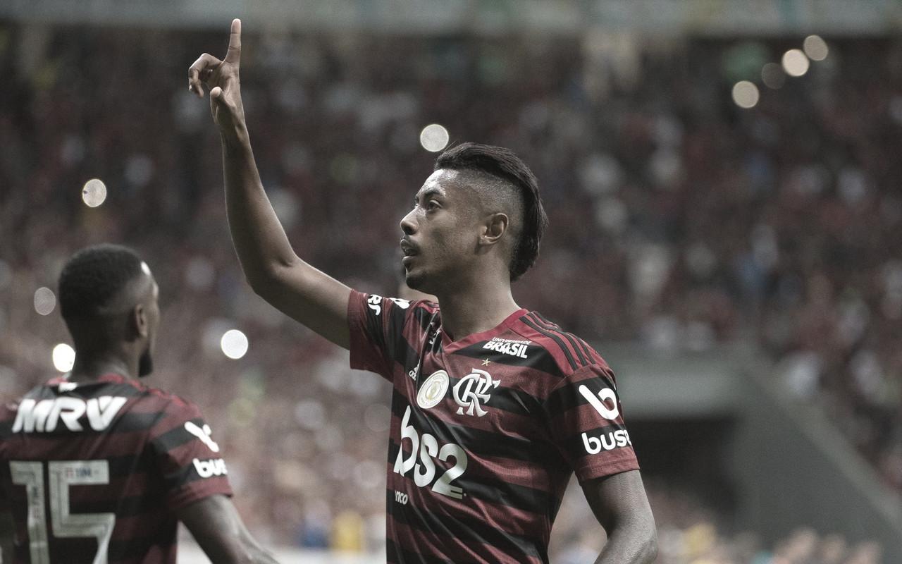 Boa mira! Flamengo e Athletico-PR são os mais eficientes em finalizações na Série A
