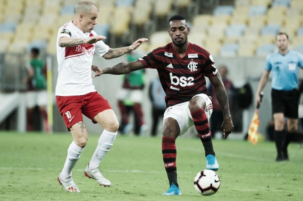 Sai Arrascaeta e entra Gerson: a substituição que mudou o jogo do Flamengo