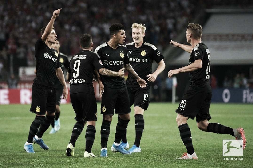 Borussia Dortmund bate Colônia de virada na abertura da segunda rodada alemã