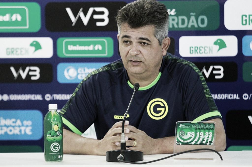 """Após derrota em Fortaleza, Ney Franco diz: """"Saímos de cabeça erguida"""""""