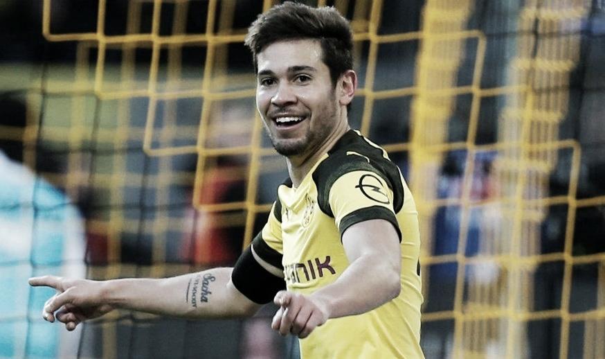 Nada de PSG! Raphaël Guerreiro vai renovar com Borussia Dortmund