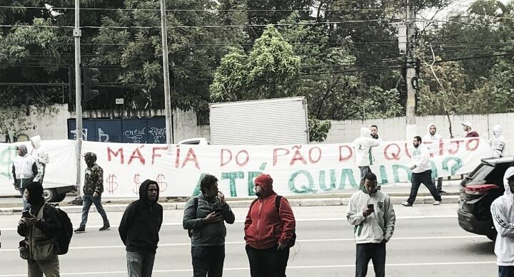 """Mancha Verde protesta contra Mattos e promete mais manifestações: """"Não iremos parar"""""""