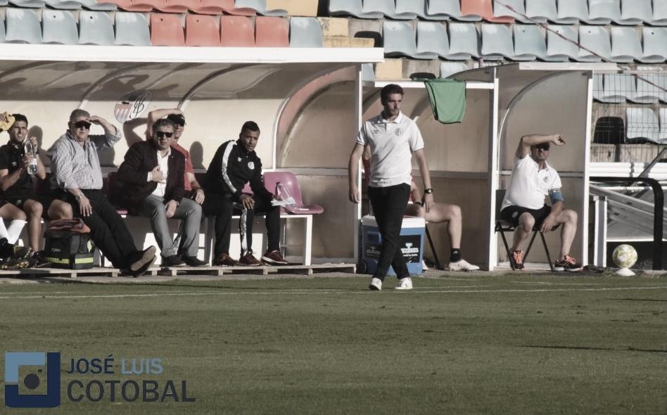 """Pablo Cortés: """"No habíamos tenido un rival que estuviese encerrado desde el minuto 1"""""""