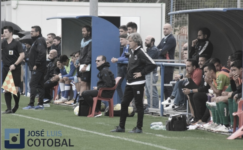 """Roberto Aguirre: """"Estoy dolido por perder pero he visto bien al equipo"""""""