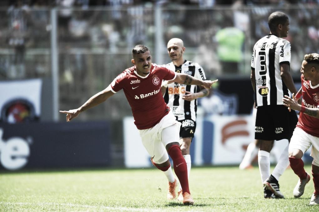 Em dia inspirado de Pottker, Inter derrota Atlético-MG no Horto