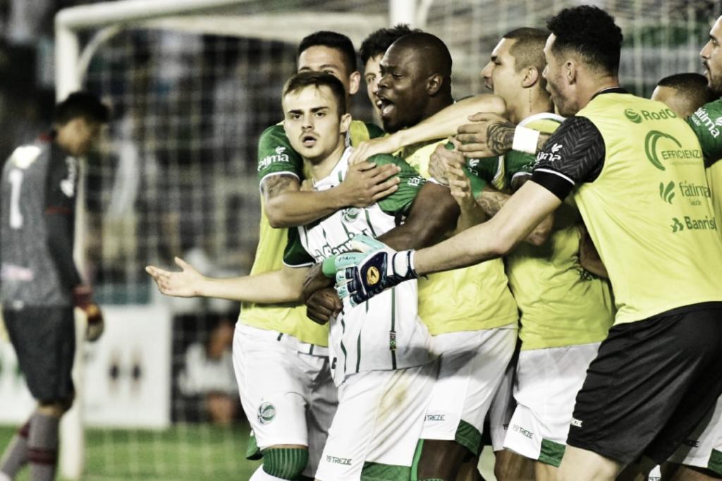 Com gol de falta no último minuto, Juventude vira contra o Náutico na semi da Série C