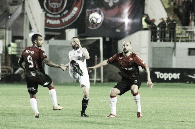 Figueirense busca empate heroico contra Brasil de Pelotas, e sai da lanterna da Série B