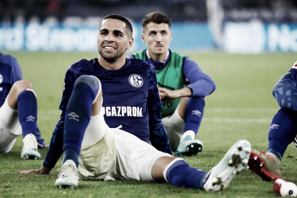 Schalke vence no fim e assume parcialemente a vice-liderança da Bundesliga